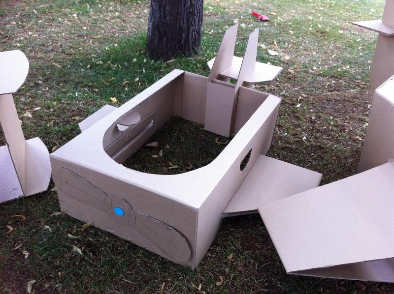 Cardboard_plane_03