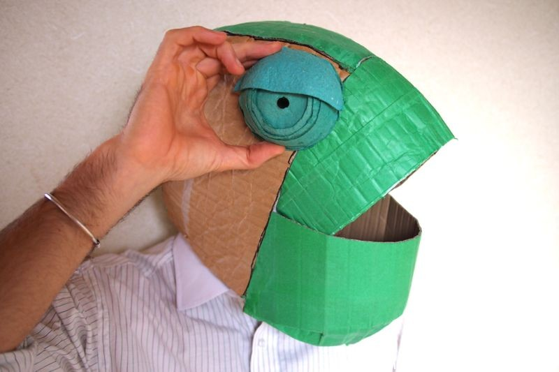 Adapting-a-sewing-pattern-for-cardboard-by-the-cardboard-collective