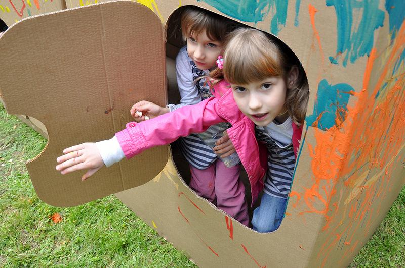 Cardboard kids party_023