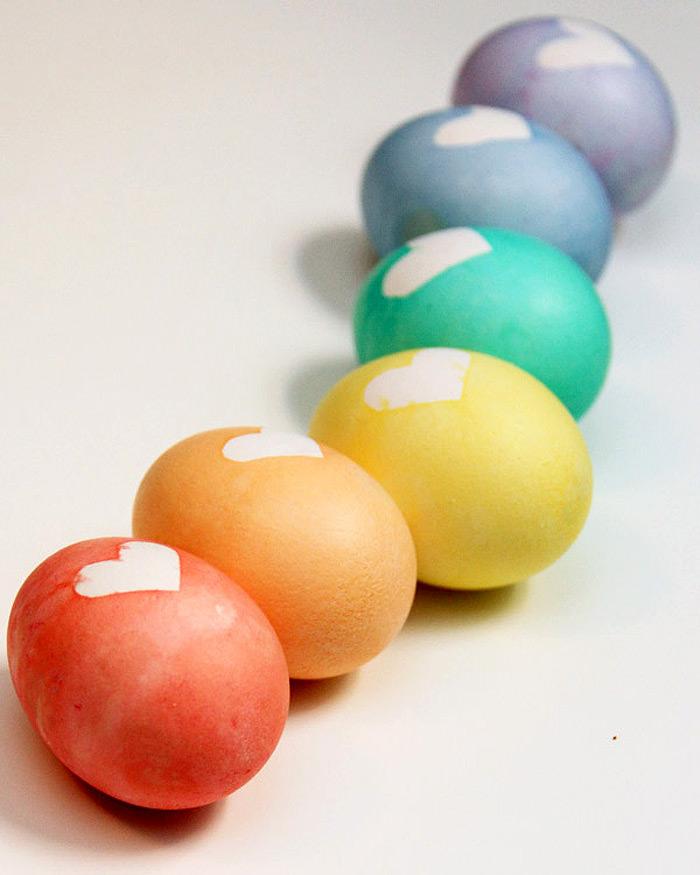 easter-eggs-hearts