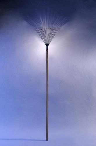 rake up lamp