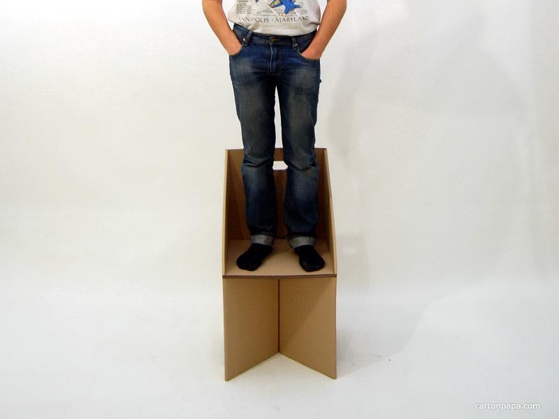 Cardboard_stool_3