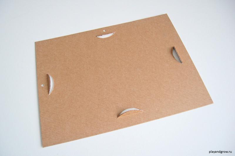 Cardboard frame_012