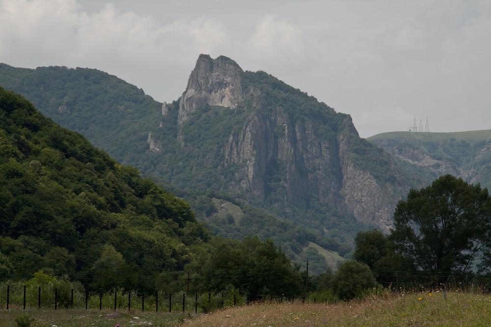 Скалистый хребет Коста Хетагурова