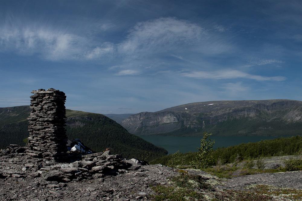Ловозеро каменный столб