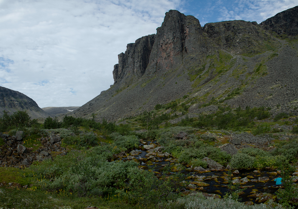 Чивруайские скалы