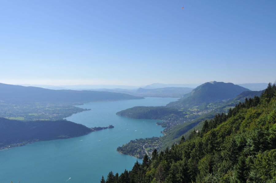 Le lac d' Annecy