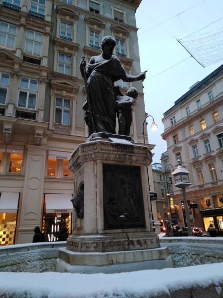 Josefsbrunnen.jpg