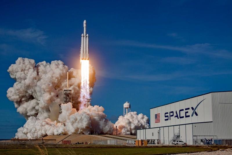 Falcon Heavy Илона Маска