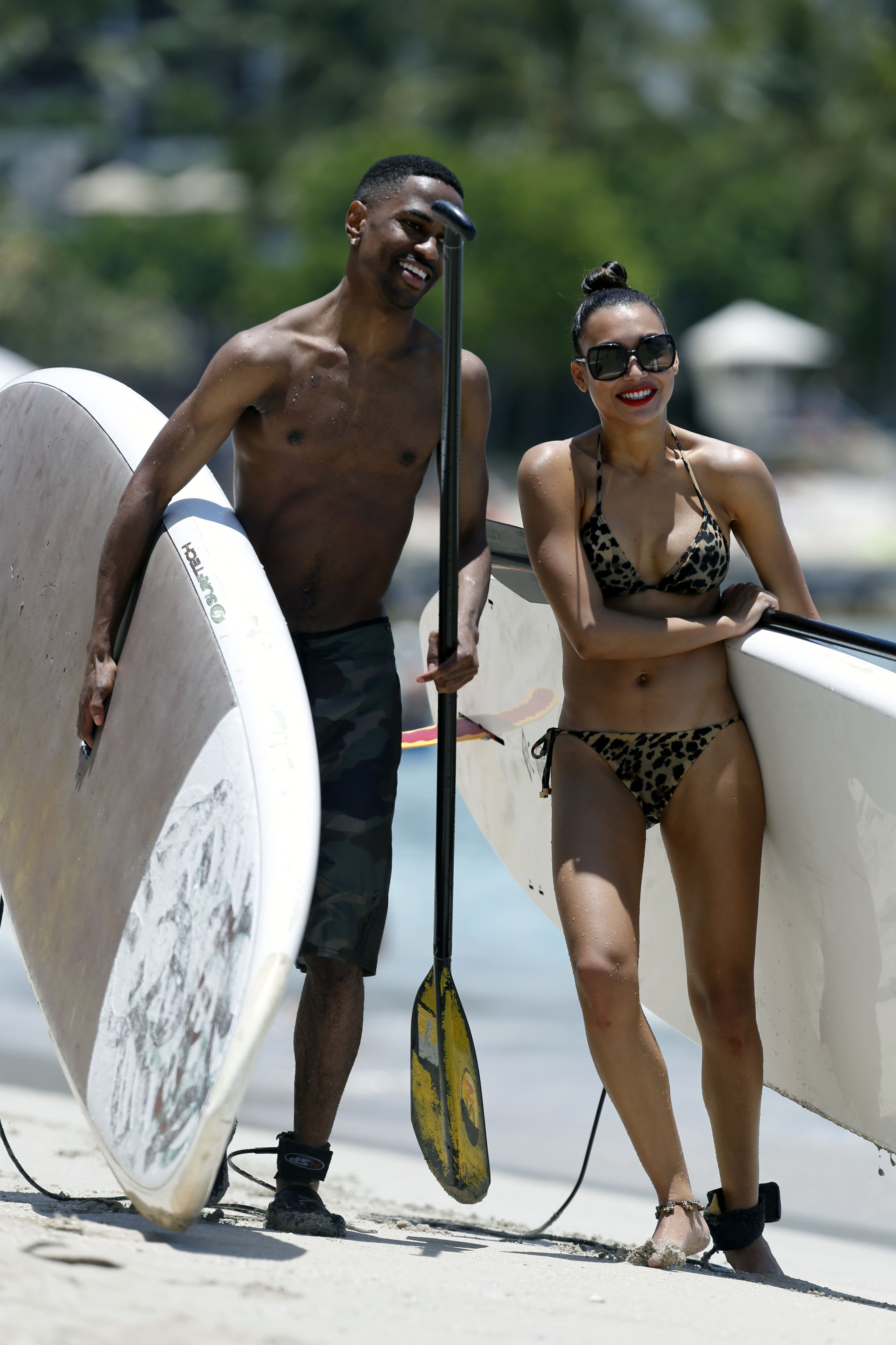 Naya Rivera And Big Sean In Hawaii Oh No They Didn T