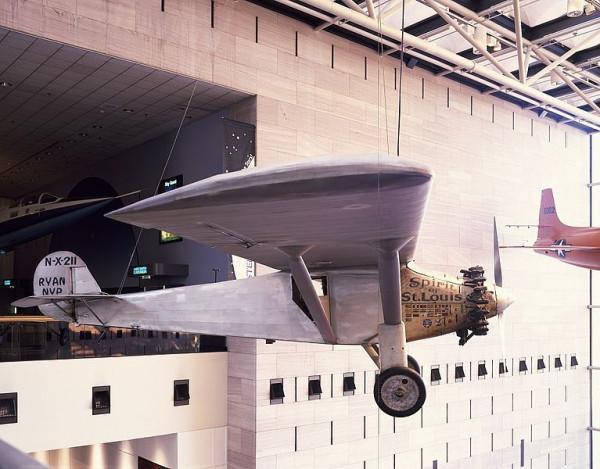 Charles_Lindbergh's_Spirit_of_St_Louis_airplane_14956v