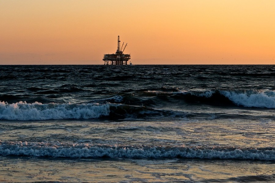 oil-rig-2191711_960_720