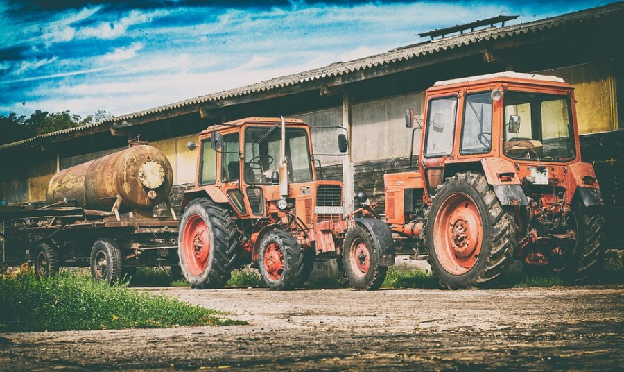 tractor-4445335_960_720
