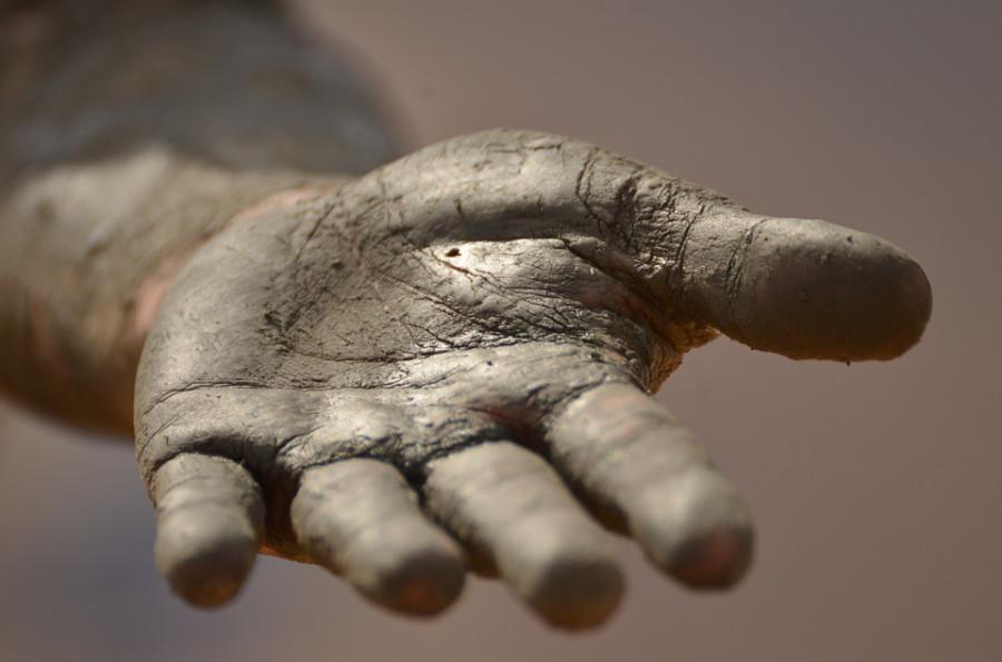 hand-1331323_960_720