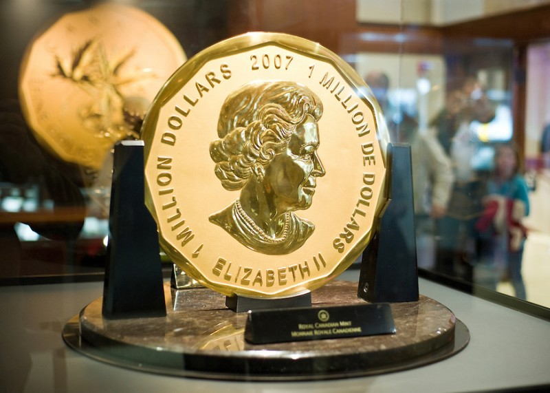 20100218-20-39-32-The-Million-Dollar-Coin