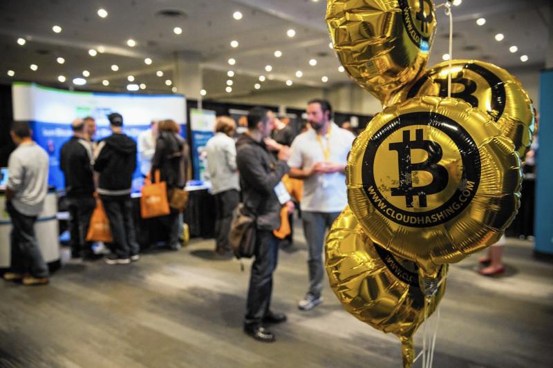 la-fi-bitcoin-rise-20151112