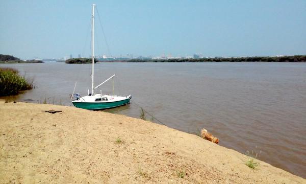 Любимый песчаный берег на Чумке