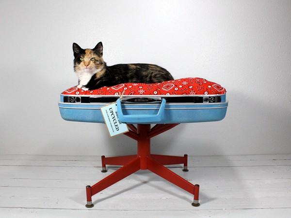 Suitcase_Pet_Bed_3