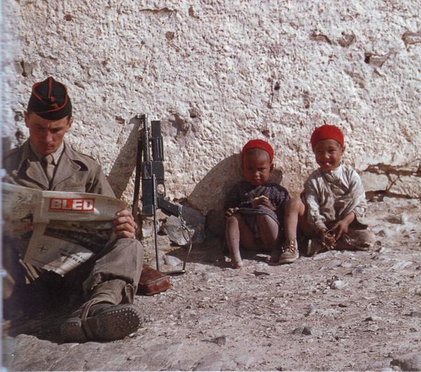 Солдат читает Блед 1960 Пьер Жанти