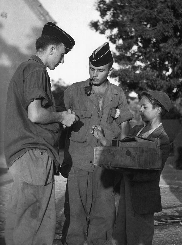 Уличный торговец 1951 А Эльвинг