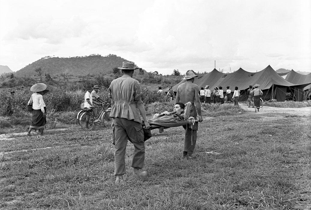 15 Эвакуация раненых май 1954 2
