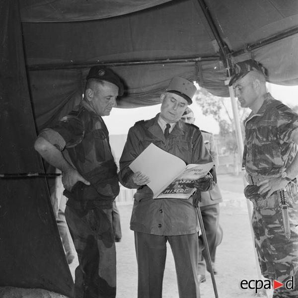 Генерал кудрон Бижар Грийо рассм фото мус отр сделанные А Сме 1959 Артюр Сме