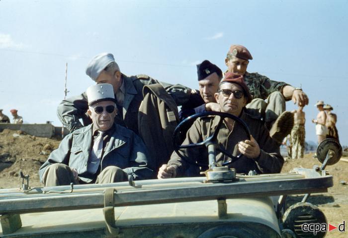Генерал Жиль Лиарес На Сан 1952 13 дек