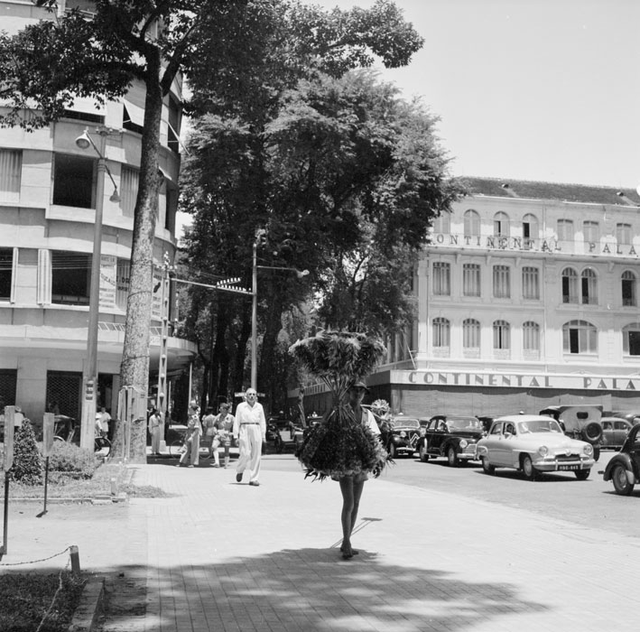 Отель Континенталь сент 1953 Ж Лирон