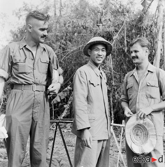 Освобождение Пьера Шендерфера и Даниэля камю 28 августа 1954 Ж Лирон или Люссан