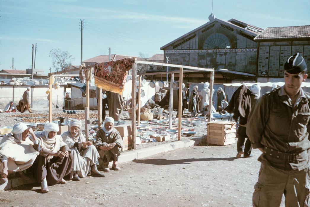 Рынок в Тебессе за кот набл фр солдат