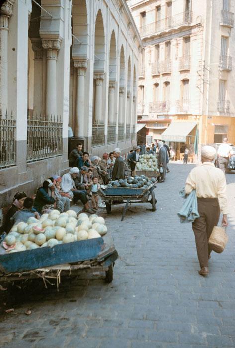 Рынок дынь в Боне