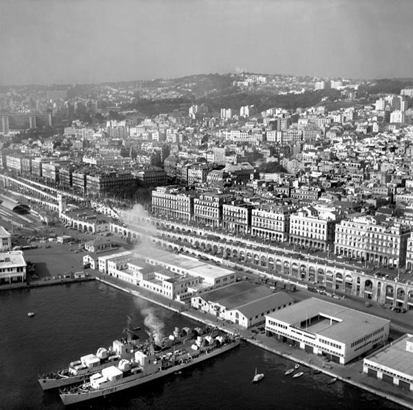 Город Алжир март 1957