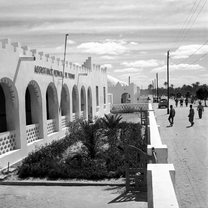 Здание бесплатной менд помощи в Тиндуфе март  1957 Пьер Феррари