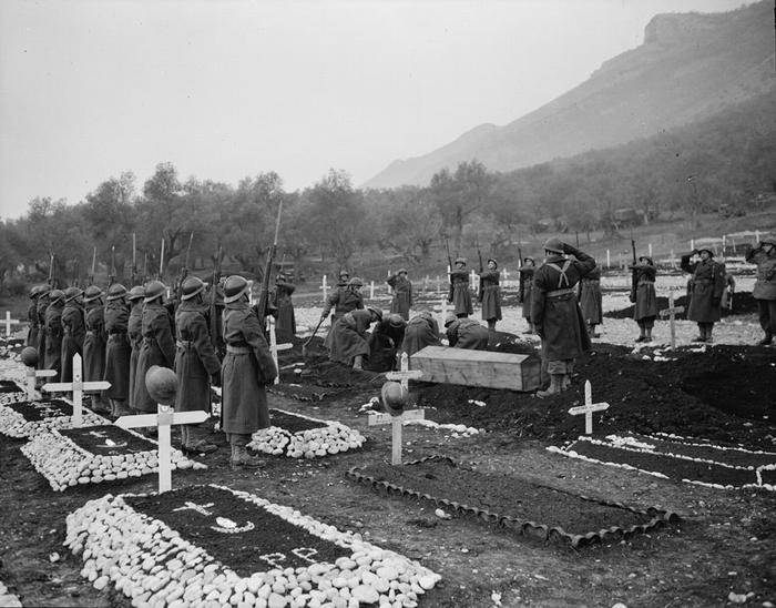 Кладбище 3 АПД в Италии фев 1944 Жак Белен