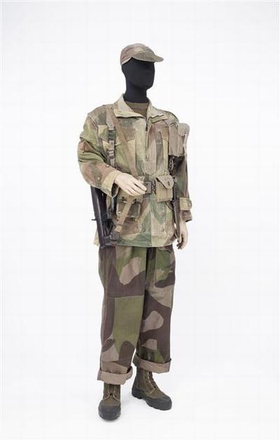 солдат 8  пар ударного бат 1954