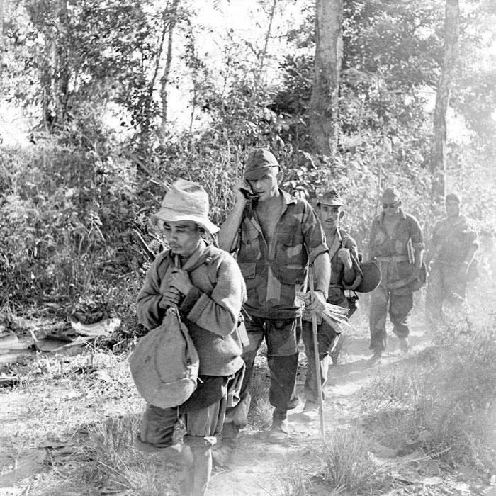 6 полк кол пар выбрался из ловушки пост 304 див  в Ban Hom Song янв 1954 за Биж Аллэр П Феррари
