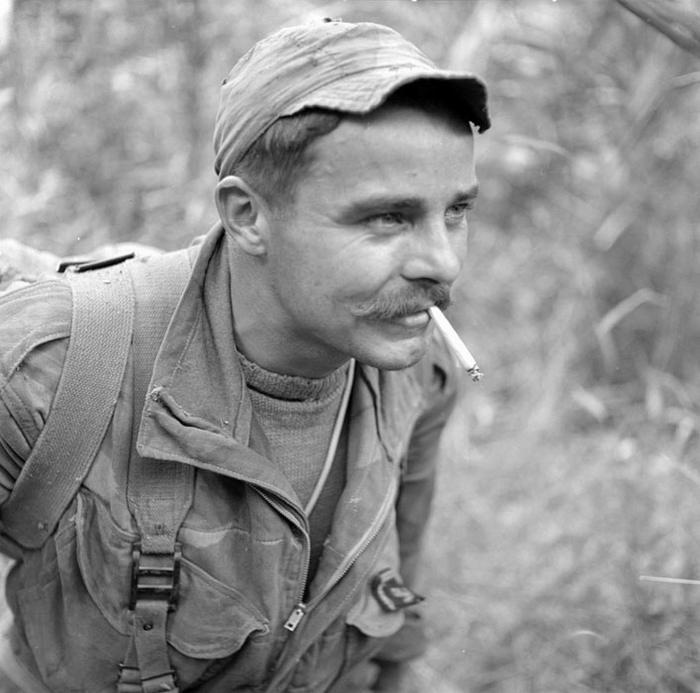 01 Сержант 8 уд пар бат фев 1954 Д Камю