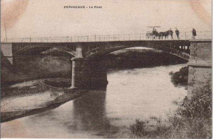 26 Перрего Мост8
