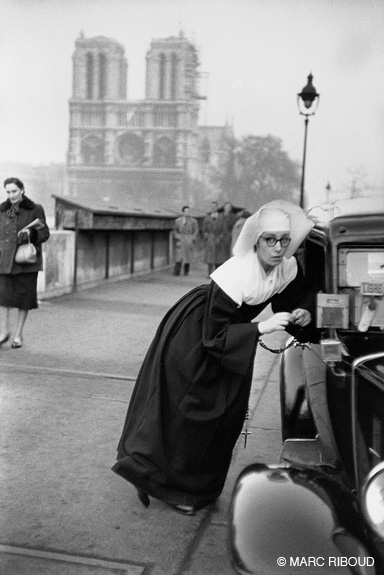 париж 1953 24 монахиня