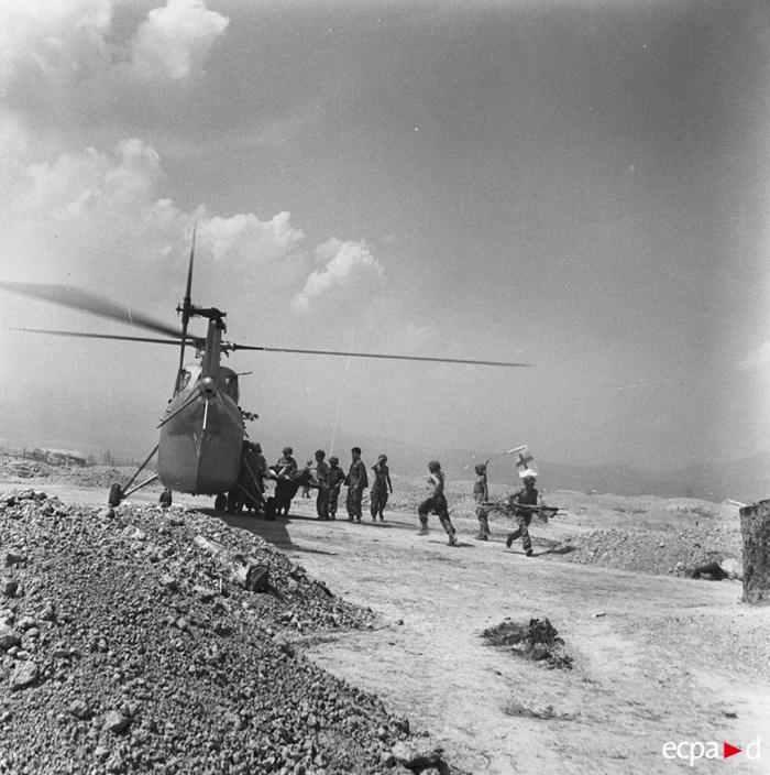 Эвакуация раненых 19 22 марта 1954 Камю Перо