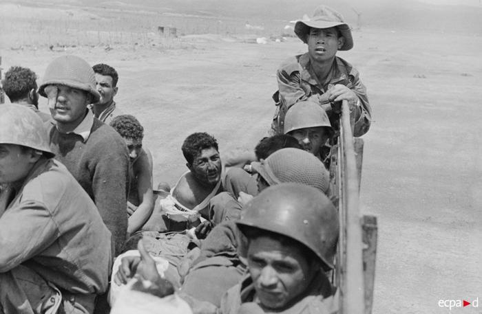 Раненые ждут эвакуации  13 17 марта 1954 Камю Перо