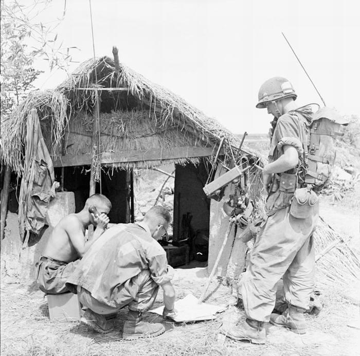 Легион 2 БЕП в деревне сент 1953 П Феррари