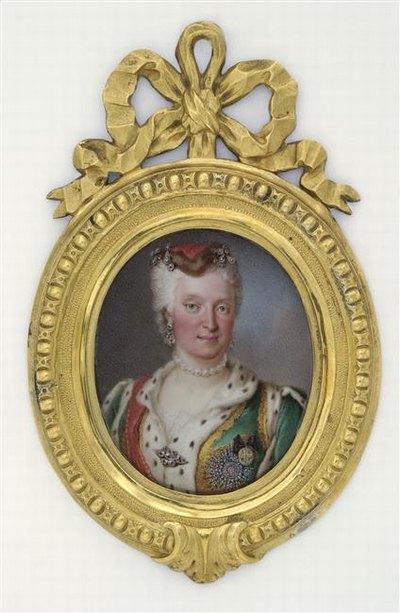 Catherine18 в мин Лувр предпол