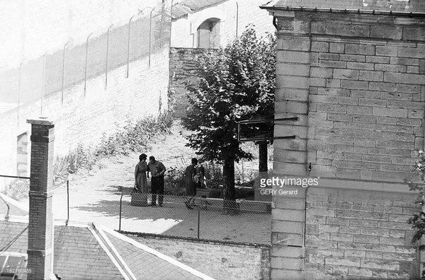 Шалль в тюрьме Тюлля встреча с женой принесшей белье и книги июнь 1961