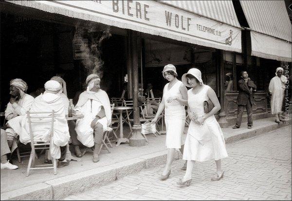 2 черноногие и арабы в евр кафе Константина