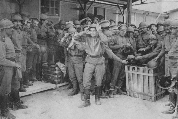 русские в лагере майи