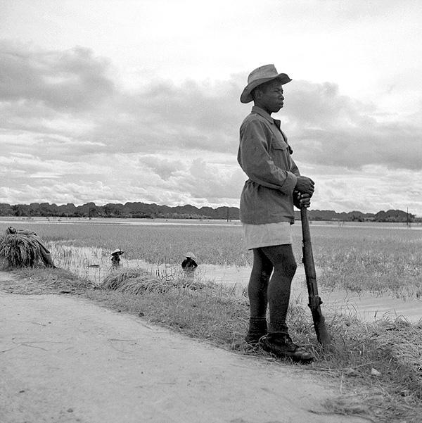 Сенегальский стрелок Тонкин 1951.jpg