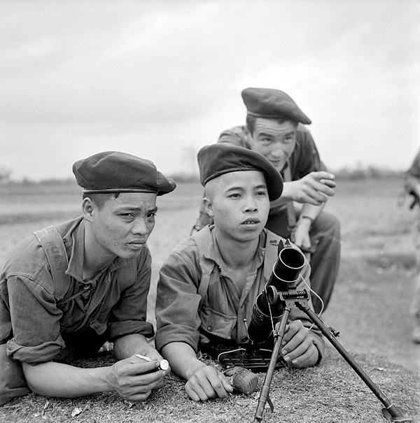 Стрелки батальона muong Тонкин 1951.jpg