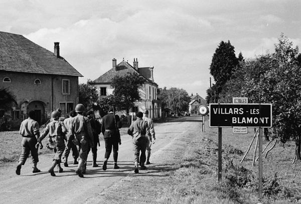 Патруль сен стрелков и партизан сент окт 1944 Жак Белен.jpg