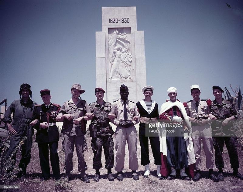 фа солдаты 1956.jpg